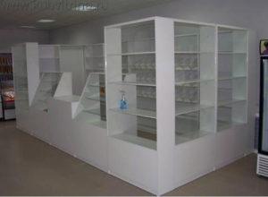Торговое оборудование Краснодар. Торговый павильон, выстроенный из стандартных витрин и прилавков