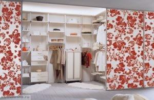 закрытая гардеробная система