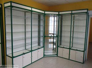 Торговое оборудование в Краснодаре. Торговые витрины стандартного формата.