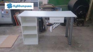 Торговое оборудование Краснодар. Простой письменный стол для медицинского центра.