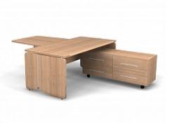 Стол в кабинет руководителя. Цена: 45 000 руб.